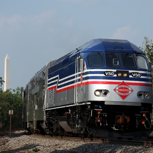 VRE Train With WMonument